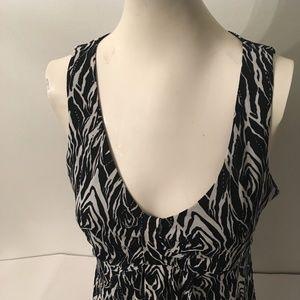 Ladies top Ann Taylor Size M Black & White